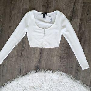 White crop top long sleeve